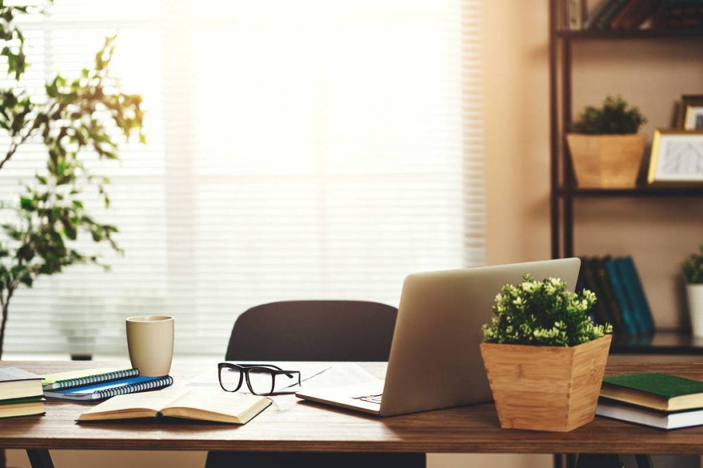 7 Tips to Prevent Hermit Habits When Working from Home